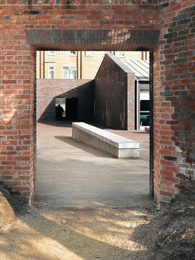 Henley Halebrown Rorrison_The Yard_07