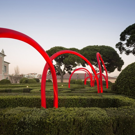 LIKEarchitects_Luminous Red Arches_04