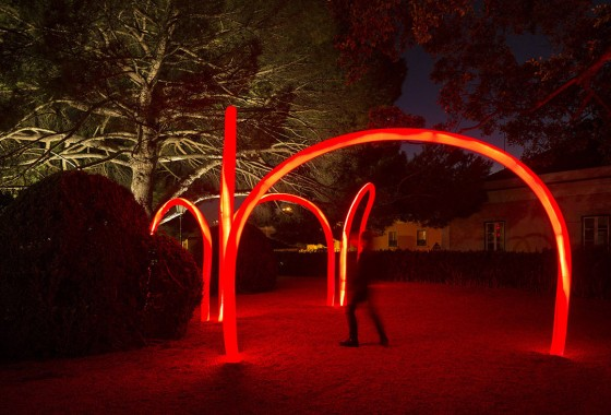 LIKEarchitects_Luminous Red Arches_08
