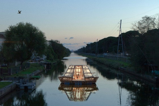 studiomobile-jellyfish-barge-floating-greenhouse-designboom-09