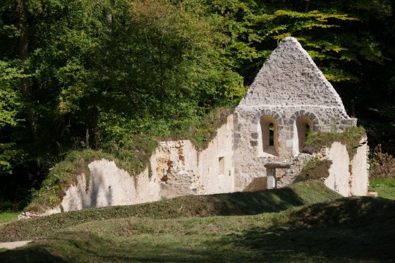 france, region haute normandie, eure, aizier, ancienne leproserie, chapelle saint thomas, sentier d'interpretation inauguré en 2014,